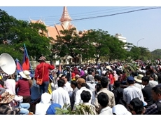 20,000 Cambodian garment workers go on strike