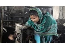Bangladeshi garment workers in violent protests