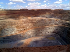 Barrick Gold sells Cowal gold mine