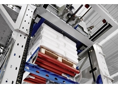 The BEUMER paletpac produces accurate and stable stacks of bags – and saves space as a result