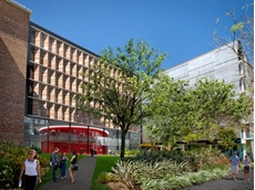 Len Ainsworth made a substantial donation towards the construction of the new Engineering precinct at UNSW