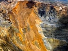 Massive Rio Bingham Canyon landslide started 16 earthquakes, UOU study shows