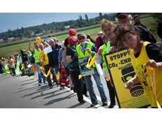 Protestors form 8km human chain to protest brown coal