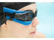 ​A NEW heads-up display monitor for swimmers integrates STMicroelectronics MEMS, MCU, BLE and power management ICs.