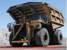 240 ton haul truck drives over an Extreme crossover pad
