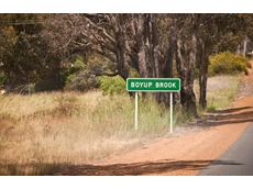 West Australian regional bus service axed