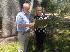 DPIRD senior development officer Jeremy Lemon and economist Liz Petersen examine the new ROSA soil constraint decision making aid