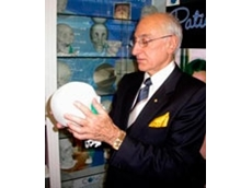 Professor David J David with Formero's Model Skulls