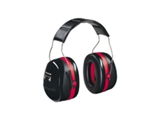 Peltor extreme performance ear muffs feature a double casing technology