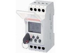 DIN rail mounting time switch