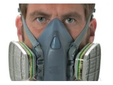 3M 7500 Series reusable half face respirator