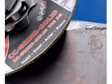 The CC-GRIND-SOLID grinding disc is particularly suitable for the leveling of coarse and thick welds.