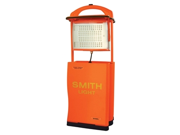 The EX90L Smith Light produces 720 lumens, making it easy for you to navigate through dark environments.