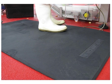 Anti-fatigue mats for the food care industry