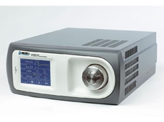 Chilled mirror hygrometer for low dew point reference measurements