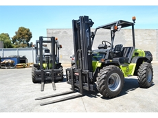 All- terrain 4WD Forklift