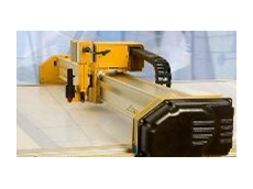 The Elektron LC pizza wheel flatbed cutter is expandable and easily installed.