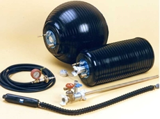 ORJ stopper (top) and ORJT stopper with bypass (right), each of which can fit several pipe diameters