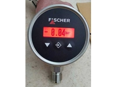 New Fischer MS13 digital pressure transmitter with colour change display