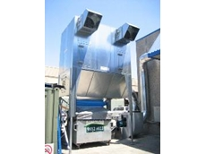Reverse flow dust collector