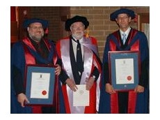 Dr Eric Wigglesworth flanked by Dr Geoff Dell (left) and Dr Steve Cowley