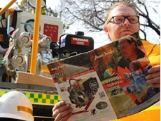 Aussie Pumps' Hamish Lorenz picking up tips from the company's Bushfire Survival Guide.