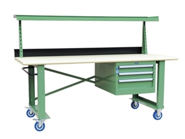 Classic mobile workbench solutions with adjustable shelf for even more space efficiency