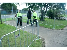 Event fence portable barriers