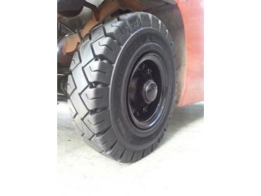 Bearcat Tyres
