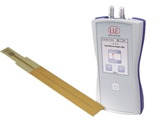 Measure mobile gap with highest precision dual-channel handheld capacitive gauge