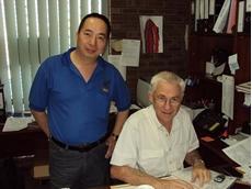 Topgold Managing Director Darrel Herbert (R)