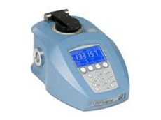 RFM900 refractometer