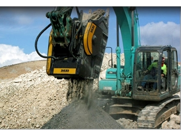 Reliable Jaw Crusher Bucket attachments to enhance your current Excavators capabilities