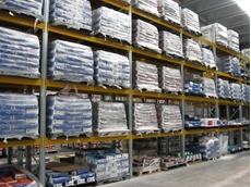 Rack stability and increased load capacities are key advantages of Unibuild heavy duty pallet racking