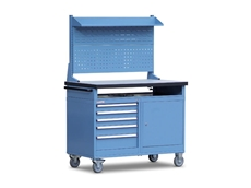 Bowen Group's mobile tool carts are a versatile solution for storing tools and small parts, offering a total load capacity of 400kg