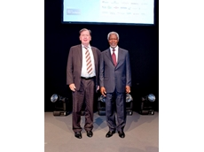 GWE CEO Mr Jean Pierre Ombregt with Mr Kofi Annan at the Global Water Awards