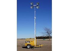 Allmand Maxi-Lite 8V has a telescoping light tower with four Super High Output 1250W metal halide lamps on an adjustable head