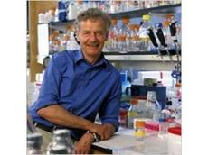 Cell Biologists Present Award to Rudolf Jaenisch