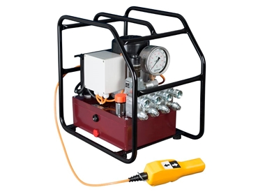 Titan offers a full line of Electric or Pneumatic Hydraulic pumps to meet your every needs.