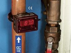 EXAIR's pressure sensing digital flowmeters monitoring pressure and flow