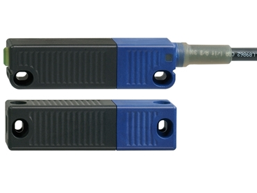 RSS 36 Series Safety Sensor using RFID technology for non-contacting sensing of machine guards