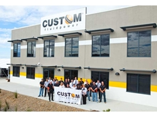 Custom Fluidpower Mackay employees outside their facility