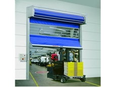 Roll door with active crash system