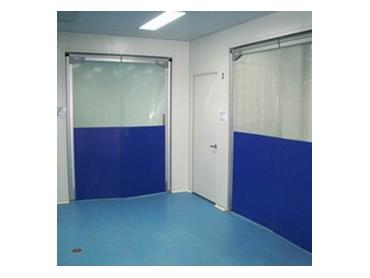 Flexible plastic swing doors