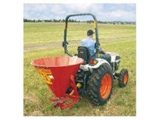 Daken quick and easy to use fertiliser spreaders