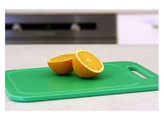 HDPE has excellent damping properties and is ideal for cutting boards