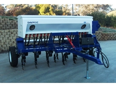 High quality drive system and heavy duty design for excellent seeding performance