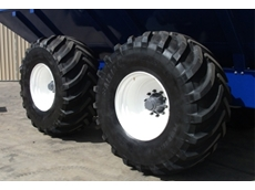 Heavy duty flotation wheels deliver excellent performance