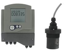 New Series UTC ultrasonic liquid transmitter and Model UTS sensor from Dwyer Instruments