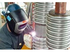 PS seals make it easy to replace metal and fabric type bellow seals without the need for trained welders.